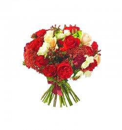 זר פרחים - ורדים אדומים ולבנים